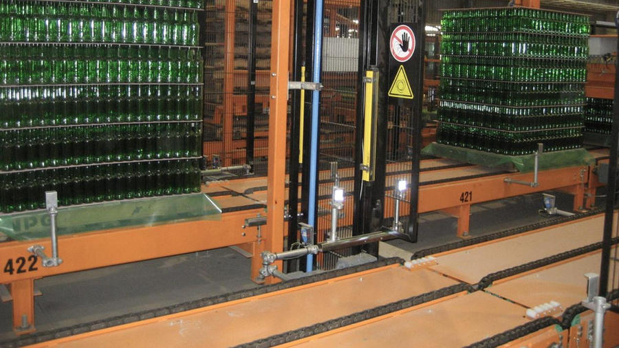 MSK glass conveyor systems - pallet conveyors and intralogistics systems at cold end