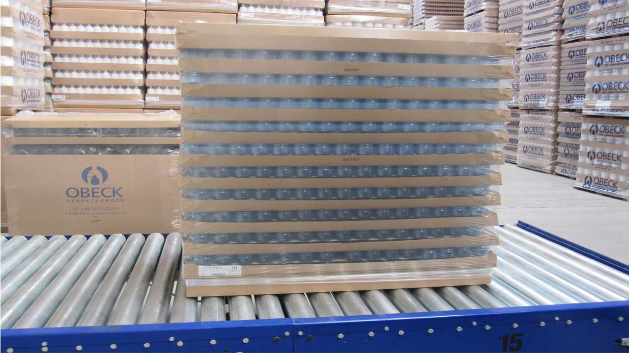Roller conveyors are stationary pallet conveyor systems for almost all applications, pallet formats and pallet handling